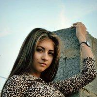 N :: An Alexandra Faller
