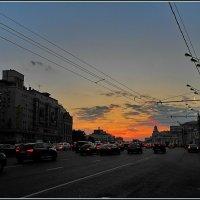 Москва спешащая домой :: Дмитрий Анцыферов