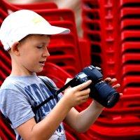 Юный фотолюбитель :: Виктор Никитенко