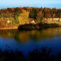 Снова осень закружила карусель..... :: Павел Гусев