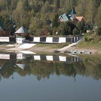 Закрытый дачный посёлок :: Павел Савин