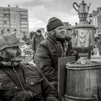 Продавцы самоваров :: Николай