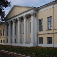 Рязанский областной художественный музей (боковой фасад) :: Александр Буянов