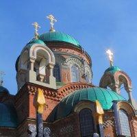 Всё уходит в небытие, кроме устремления к духовному... :: Юрий Гайворонский