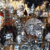 Венецианские маски :: Андрей Неуймин