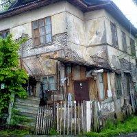 Старые дома еще существуют :: Tata Wolf
