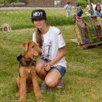 Барышня с собакой :: Владимир Болдырев