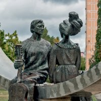 Памятник Высоцкому, фрагмент :: Ольга Маркова
