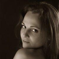 Портрет молодой женщины :: Олег Лаврик