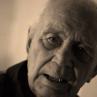 Глаза в глаза :: Геннадий Тарасков