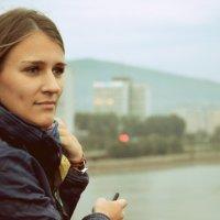 девушка на мосту :: Зоя Яковлева