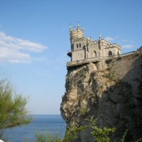 Ласточкино гнездо :: Инга Егорцева