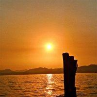 закат на озере :: Сания Киришева