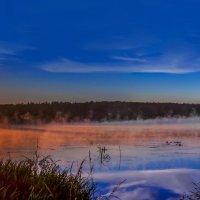 утро на озере :: юрий макаров