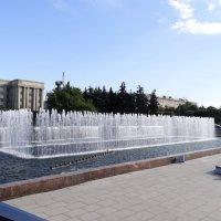 Питер, фонтаны, сентябрь... :: Михаил Жуковский