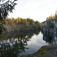 Осень в горном парке Рускеала :: Елена Павлова (Смолова)