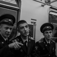 *** :: Игорь В. Капустин