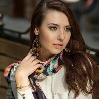 Женский портрет :: Наталья Комарова