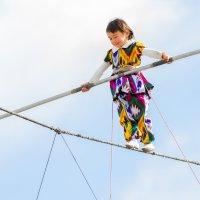 Трехлетняя канатоходка 2 :: Александр Неустроев