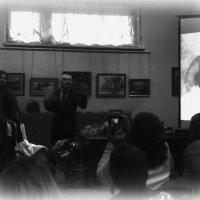 Здесь читают стихи...в Люберецком Краеведческом музее... :: Ольга Кривых