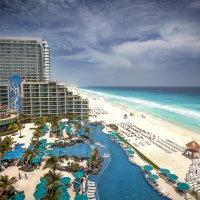 """""""Многолюдные"""" пляжи Канкуна.Карибы.Мексика. :: Александр Вивчарик"""