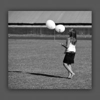 Девочка с шариками :: Арсений Корицкий