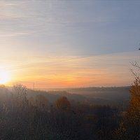 Осенний рассвет :: Александр Солдатченков
