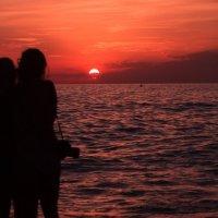 Sunset on the beach :: Наталья Ерёменко