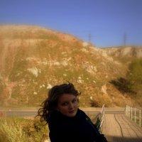 Осенняя прогулка_на мосту :: Юлия Маслова