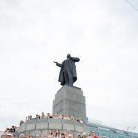Ему лучше видно :: Дмитрий Часовитин