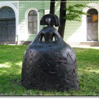 Я Менину увидал у Русского Музея - надо милке сообщить,что есть её статнее!!! :: muh5257