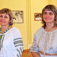 Сестри Лариса Клепас та Ольга Слободанюк, художниці :: Степан Карачко