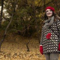 Сон, что осень помнит,  прошлой жизнью стал :: Ирина Данилова