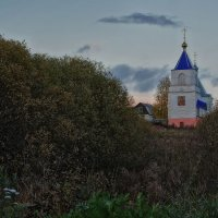 Церковь на околице... :: марк