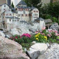 Символ города Вадуца - замок Вадуца. Замок в миниатюре :: Елена Павлова (Смолова)