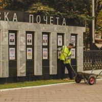 Славная осень, спокойно и пусто, чисто и холодно на перекрестках... :: Дмитрий Тарарин