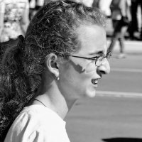 Портрет девочки на улице :: Арсений Корицкий