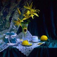 Она любила жёлтые цветы... :: Валентина Колова