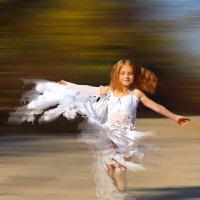В танце... :: Алексей Ревук