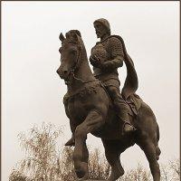 Памятник князю Олегу Рязанскому :: Ирина Нафаня