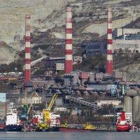 оснащения морского порта Новороссийска :: Валерий Дворников