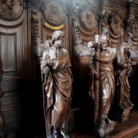Собор Антверпенской Богоматери. Дубовые скульптуры исповедален (ок.1700) :: Елена Смолова