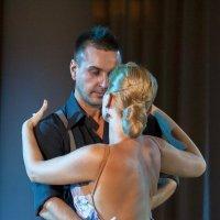 Одинокий танец :: Светлана Яковлева
