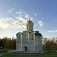 Дмитриевский собор. г. Владимир :: Валерий Коноплев
