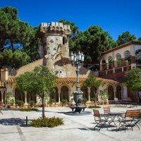 Испанский дворик. :: Надежда