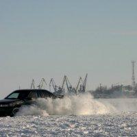 Покатушки по льду :: Андрей Lyz
