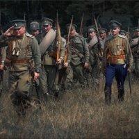 Вот солдаты идут :: Виктор Перякин