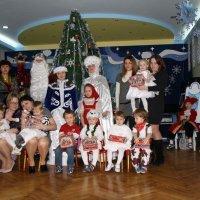 Первый Новогодний утреник дочи :: Alex Romanov