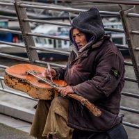 homeless :: Pavel Slusar