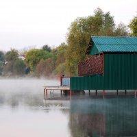 небольшой туман на озере :: Андрей Махнык